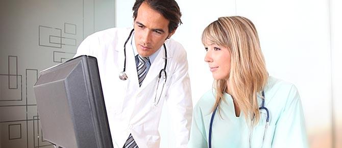 Resultado de imagen para doctor dando clases